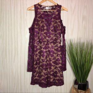 Emerald Sundae Lace Dress size Medium